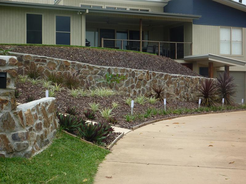 Affordable Retaining Walls Construction Services Company in Brisbane